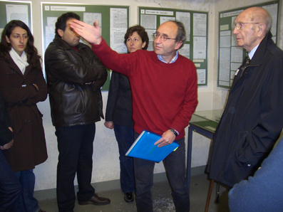Eski GestapoMerkezinde_Simdi Müze_Rehberlik_Ekim 2007.jpg